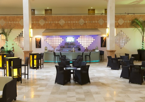 Golden Parnassus All Inclusive Resort & Spa - Beer Garden Hotel Golden Parnassus All Inclusive Resort & Spa Cancún