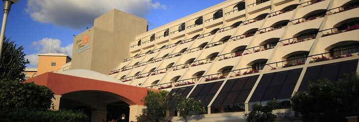PARKING Hotel Golden Parnassus All Inclusive Resort & Spa Cancún